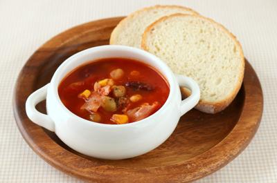 ベーコンとお豆のトマトスープ